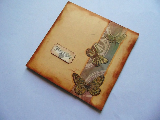Carte dorée papillon steam doré beige ellana scrap