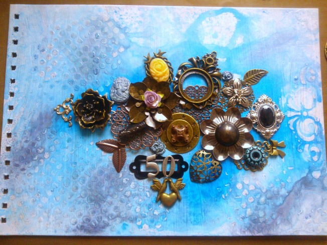 ellana scrap couverture album mixed-media mixed media bleu doré work in progress
