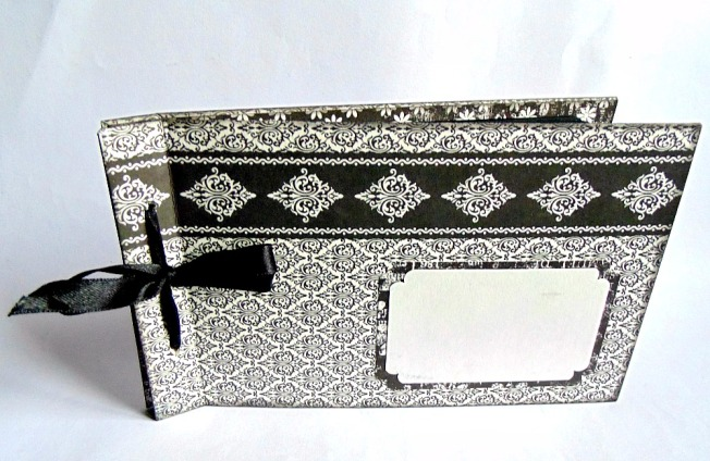 Album noir et blanc ellanascrap ellana scrap baroque mini papier marianne design carton