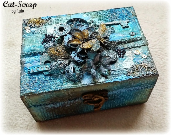 cat-scrap by lulu boite box mixed-media mixed media bleu blue gold doré customisation custom