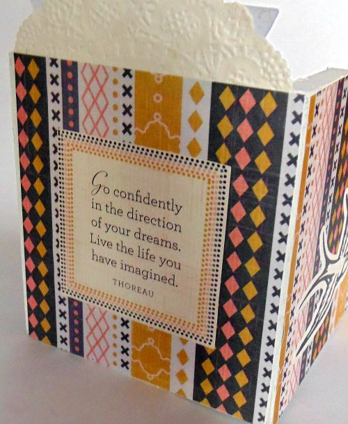 Cadeau porte crayon scrapbooking fleur oiseau fond thoreau go confidently in the direction of your dreams live the life you have imagined