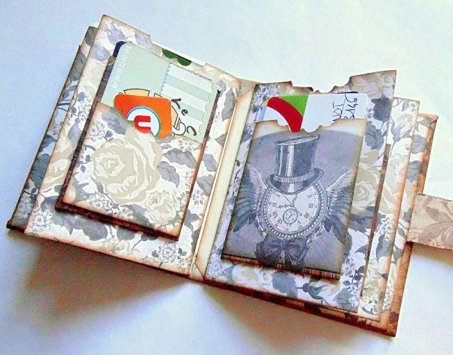 Porte-carte-steampunk-vintage-intérieur-horloge-fleur