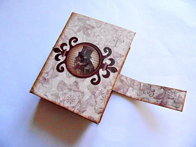 Porte-carte-steampunk-vintage-ouvert-hibou
