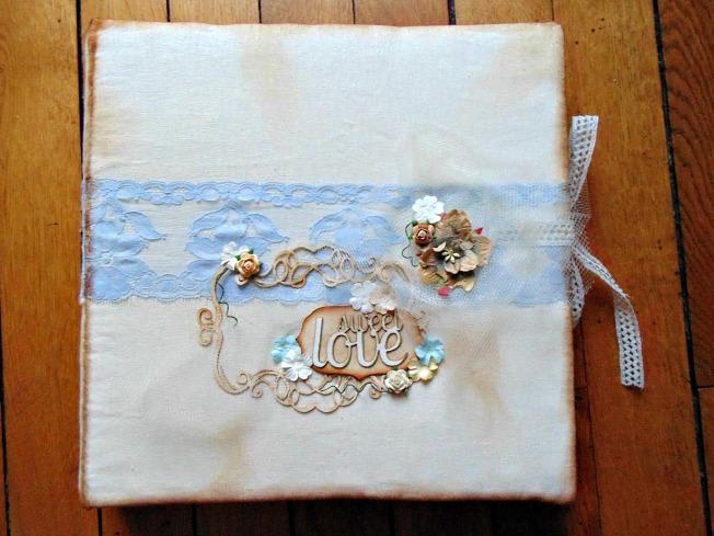 album photo vintage shabby couverture dentelle marron crème blanc bleu ruban