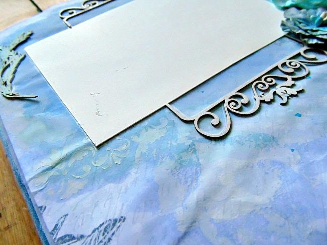 embellissement bois bleu beige fleur romantique vintage