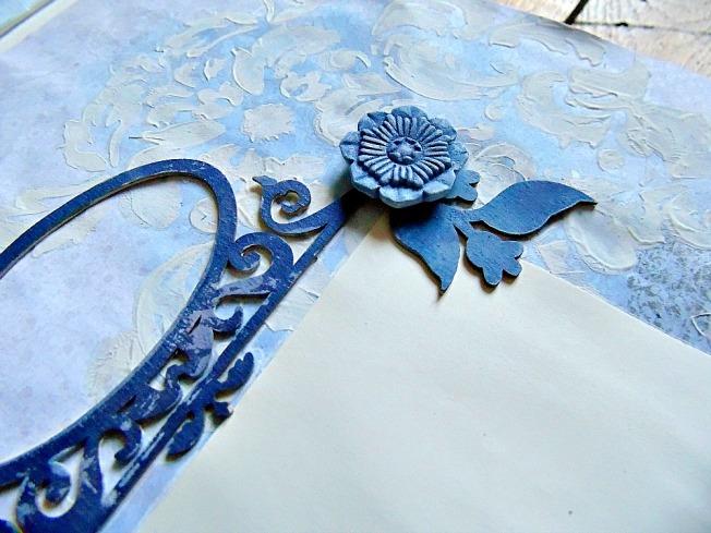 Album livre d'or mariage page fleur bleu foncé