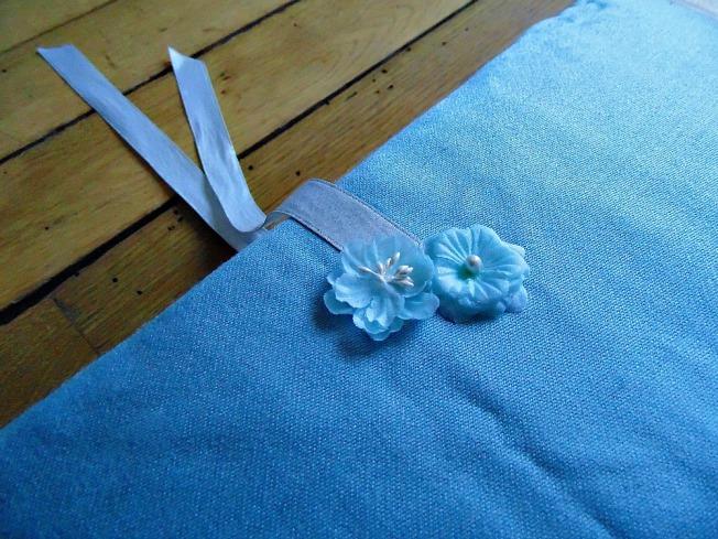 Album livre d'or mariage couverture attache ruban fleurs bleu blanc
