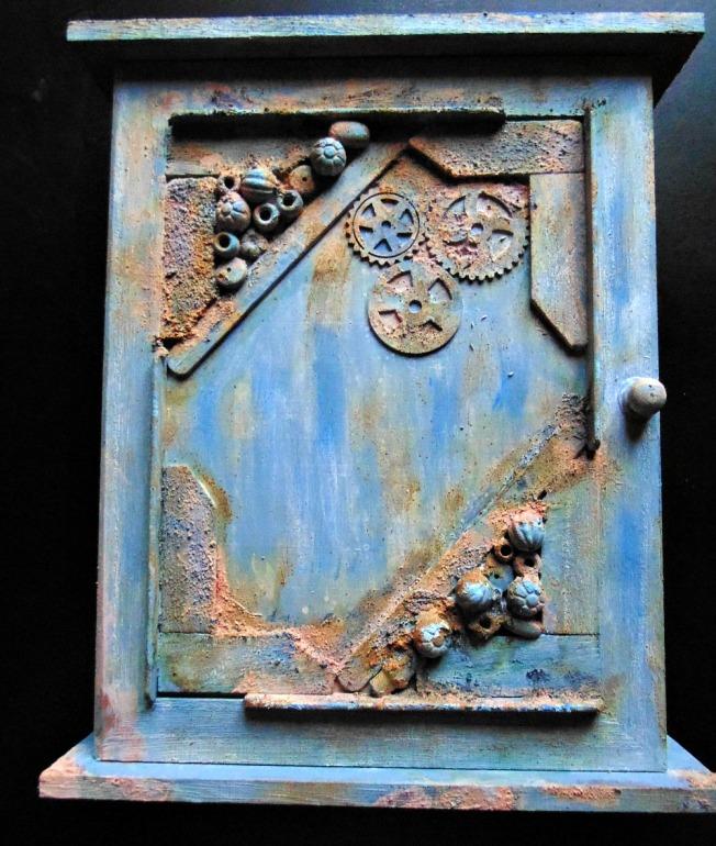 Boite-rangement-cle-steampunk-rouille-1